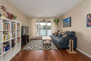 """Photo 3: 404 2328 OXFORD Street in Vancouver: Hastings Condo for sale in """"MARINER PLACE"""" (Vancouver East)  : MLS®# R2311506"""