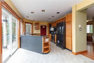 Photo 7: 668 Caleb Pike Rd in VICTORIA: Hi Western Highlands House for sale (Highlands)  : MLS®# 798693