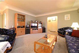 Photo 5: 1051 Tillicum Rd in VICTORIA: Es Kinsmen Park House for sale (Esquimalt)  : MLS®# 802017