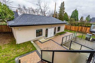 Photo 19: 3885 W BROADWAY Street in Vancouver: Point Grey House for sale (Vancouver West)  : MLS®# R2325026