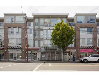 "Photo 1: 325 5555 VICTORIA Drive in Vancouver: Victoria VE Condo for sale in ""VICTORIA"" (Vancouver East)  : MLS®# R2334274"