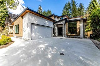 Photo 1: 4656 RAMSAY Road in North Vancouver: Lynn Valley House for sale : MLS®# R2353720