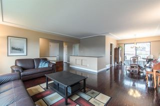 Photo 4: 5535 BUCHANAN Street in Burnaby: Parkcrest House for sale (Burnaby North)  : MLS®# R2355999