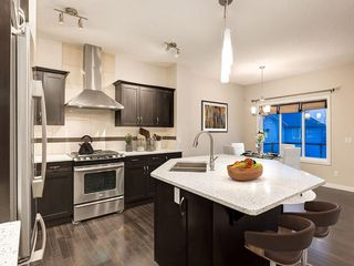 Photo 10: 230 SAGE VALLEY Green NW in Calgary: Sage Hill Detached for sale : MLS®# C4237988