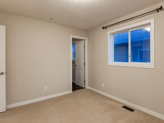Photo 31: 230 SAGE VALLEY Green NW in Calgary: Sage Hill Detached for sale : MLS®# C4237988