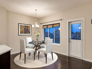 Photo 8: 230 SAGE VALLEY Green NW in Calgary: Sage Hill Detached for sale : MLS®# C4237988