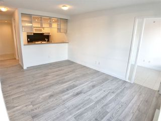 "Photo 6: 1107 928 BEATTY Street in Vancouver: Yaletown Condo for sale in ""THE MAX ONE"" (Vancouver West)  : MLS®# R2358356"