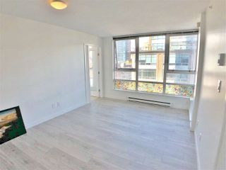 "Photo 5: 1107 928 BEATTY Street in Vancouver: Yaletown Condo for sale in ""THE MAX ONE"" (Vancouver West)  : MLS®# R2358356"