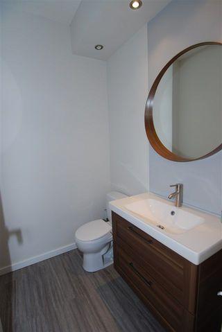 Photo 9: 1 14315 STONY_PLAIN Road in Edmonton: Zone 21 Townhouse for sale : MLS®# E4154417