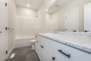"Photo 15: 45 4295 OLD CLAYBURN Road in Abbotsford: Abbotsford East House for sale in ""Sunspring Estates"" : MLS®# R2369426"