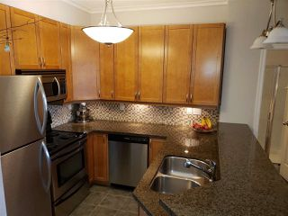 "Photo 4: 206 131 W 3RD Street in North Vancouver: Lower Lonsdale Condo for sale in ""Seascape Landing"" : MLS®# R2375480"