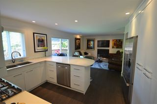 "Photo 3: 10725 GLENWOOD Drive in Surrey: Fraser Heights House for sale in ""FRASER GLEN"" (North Surrey)  : MLS®# R2377811"