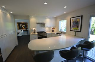 "Photo 2: 10725 GLENWOOD Drive in Surrey: Fraser Heights House for sale in ""FRASER GLEN"" (North Surrey)  : MLS®# R2377811"