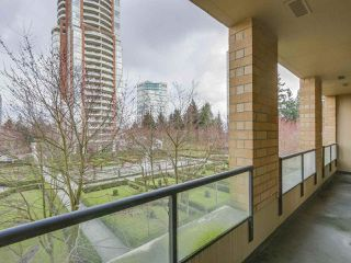 "Photo 17: 408 7368 SANDBORNE Avenue in Burnaby: South Slope Condo for sale in ""MAYFAIR 1"" (Burnaby South)  : MLS®# R2380990"
