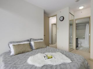 "Photo 12: 408 7368 SANDBORNE Avenue in Burnaby: South Slope Condo for sale in ""MAYFAIR 1"" (Burnaby South)  : MLS®# R2380990"
