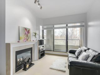 "Photo 5: 408 7368 SANDBORNE Avenue in Burnaby: South Slope Condo for sale in ""MAYFAIR 1"" (Burnaby South)  : MLS®# R2380990"