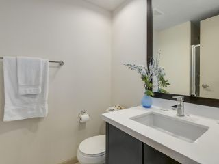 "Photo 15: 408 7368 SANDBORNE Avenue in Burnaby: South Slope Condo for sale in ""MAYFAIR 1"" (Burnaby South)  : MLS®# R2380990"