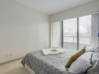 "Photo 11: 408 7368 SANDBORNE Avenue in Burnaby: South Slope Condo for sale in ""MAYFAIR 1"" (Burnaby South)  : MLS®# R2380990"
