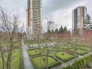 "Photo 2: 408 7368 SANDBORNE Avenue in Burnaby: South Slope Condo for sale in ""MAYFAIR 1"" (Burnaby South)  : MLS®# R2380990"