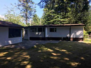 Photo 8: 1587 MISSION Road in Sechelt: Sechelt District Manufactured Home for sale (Sunshine Coast)  : MLS®# R2382382
