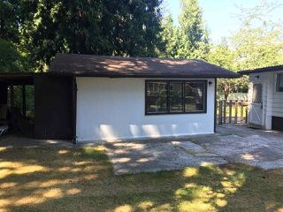 Photo 9: 1587 MISSION Road in Sechelt: Sechelt District Manufactured Home for sale (Sunshine Coast)  : MLS®# R2382382