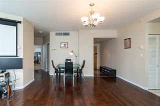 """Photo 5: 2705 1166 MELVILLE Street in Vancouver: Coal Harbour Condo for sale in """"ORCA PLACE"""" (Vancouver West)  : MLS®# R2383766"""