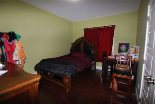 Photo 8: 9818 154 Street in Edmonton: Zone 22 House for sale : MLS®# E4164253