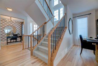 Photo 18: 2048 90 Street in Edmonton: Zone 53 House for sale : MLS®# E4167538