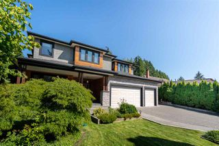 Photo 1: 3550 PIPER Avenue in Burnaby: Government Road House for sale (Burnaby North)  : MLS®# R2394969