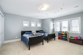 Photo 12: 3550 PIPER Avenue in Burnaby: Government Road House for sale (Burnaby North)  : MLS®# R2394969