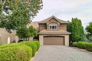 Main Photo: 9442 162A Street in Surrey: Fleetwood Tynehead House for sale : MLS®# R2398598