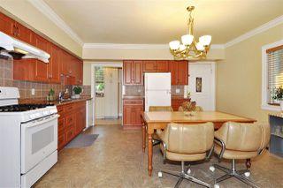 Photo 5: 224 BEGIN Street in Coquitlam: Maillardville House for sale : MLS®# R2406256