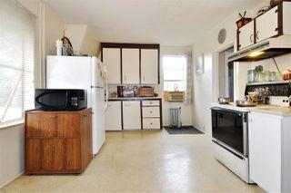 Photo 13: 224 BEGIN Street in Coquitlam: Maillardville House for sale : MLS®# R2406256