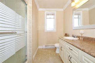 Photo 10: 224 BEGIN Street in Coquitlam: Maillardville House for sale : MLS®# R2406256