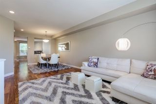 Photo 1: 133 FOREST PARK Way in Port Moody: Heritage Woods PM House 1/2 Duplex for sale : MLS®# R2411595