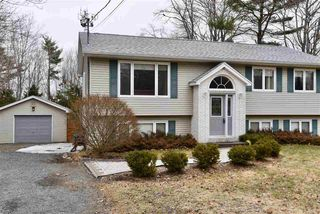 Photo 2: 16 Lakeview Road in Lakeview: 30-Waverley, Fall River, Oakfield Residential for sale (Halifax-Dartmouth)  : MLS®# 202003510