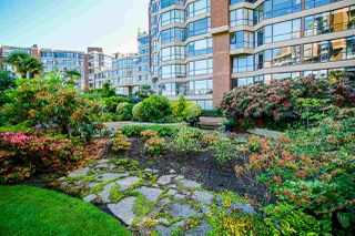 "Photo 33: 108 1450 PENNYFARTHING Drive in Vancouver: False Creek Condo for sale in ""HARBOUR COVE"" (Vancouver West)  : MLS®# R2459679"