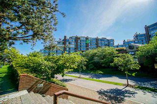 "Photo 34: 108 1450 PENNYFARTHING Drive in Vancouver: False Creek Condo for sale in ""HARBOUR COVE"" (Vancouver West)  : MLS®# R2459679"