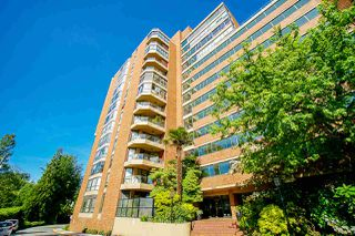 "Photo 5: 108 1450 PENNYFARTHING Drive in Vancouver: False Creek Condo for sale in ""HARBOUR COVE"" (Vancouver West)  : MLS®# R2459679"