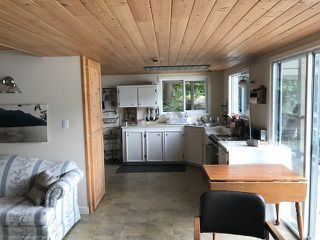 """Photo 3: 28 JOHNSON Bay in North Vancouver: Indian Arm House for sale in """"Johnson Bay"""" : MLS®# R2463183"""