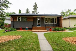Photo 1: 551 Borebank Street in Winnipeg: River Heights Residential for sale (1D)  : MLS®# 202013849