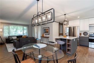 Photo 7: 551 Borebank Street in Winnipeg: River Heights Residential for sale (1D)  : MLS®# 202013849