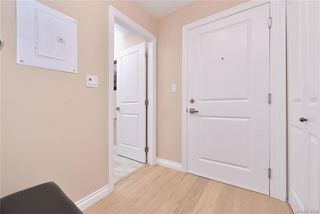 Photo 6: 302 9717 First St in Sidney: Si Sidney South-East Condo for sale : MLS®# 831930
