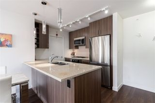 Photo 3: 511 608 BELMONT Street in New Westminster: Uptown NW Condo for sale : MLS®# R2504166