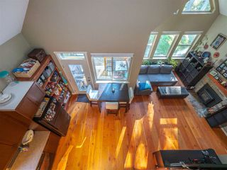 Photo 10: 13514 LEE Road in Pender Harbour: Pender Harbour Egmont House for sale (Sunshine Coast)  : MLS®# R2508644