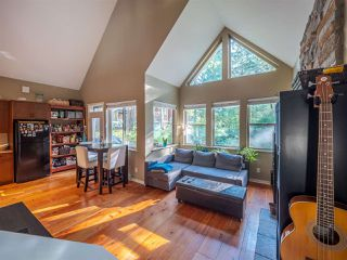 Photo 8: 13514 LEE Road in Pender Harbour: Pender Harbour Egmont House for sale (Sunshine Coast)  : MLS®# R2508644