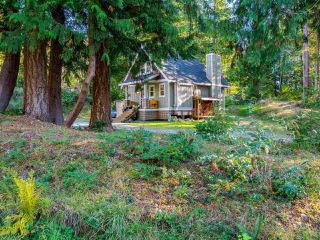 Photo 19: 13514 LEE Road in Pender Harbour: Pender Harbour Egmont House for sale (Sunshine Coast)  : MLS®# R2508644