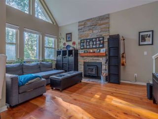 Photo 4: 13514 LEE Road in Pender Harbour: Pender Harbour Egmont House for sale (Sunshine Coast)  : MLS®# R2508644