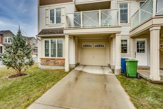 Photo 3: 400 Windstone Grove SW: Airdrie Row/Townhouse for sale : MLS®# A1045513