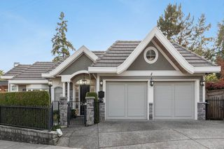 "Photo 1: 14112 MARINE Drive: White Rock House for sale in ""Waterfront Marine Drives Golden Mile"" (South Surrey White Rock)  : MLS®# R2517454"